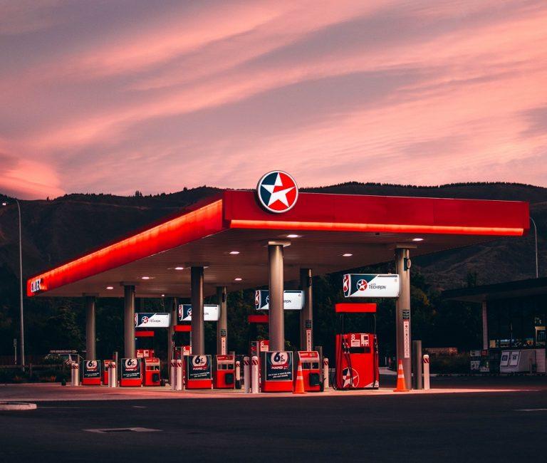 Automotive_oil_2