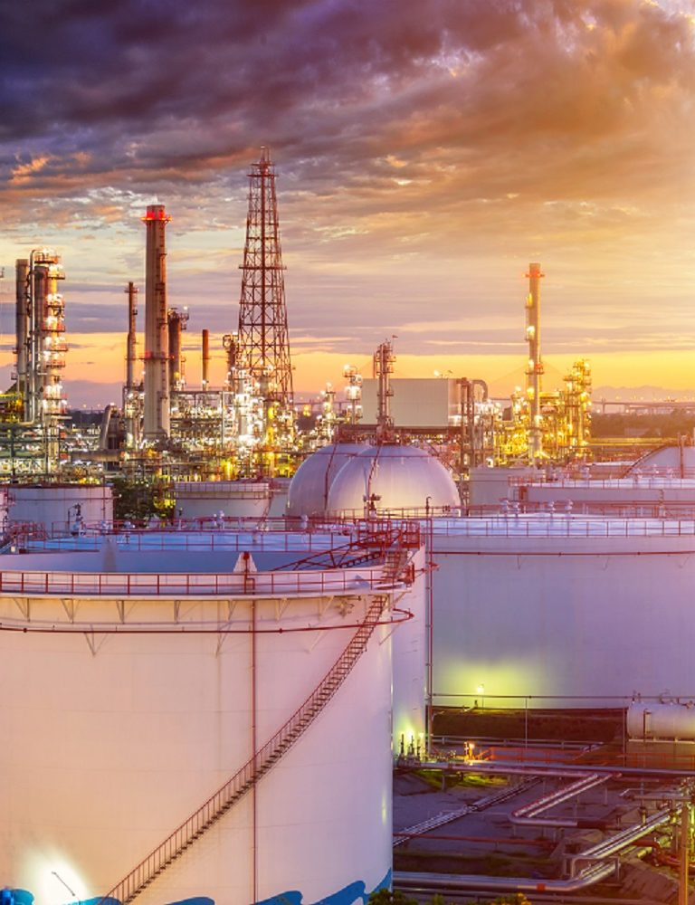 Oil,Refinery,Industry,At,Sunset,-,Factory,-,Petrochemical,Plant